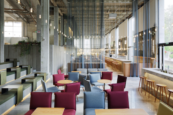 nieuwe restaurant van Palais de Tokyo