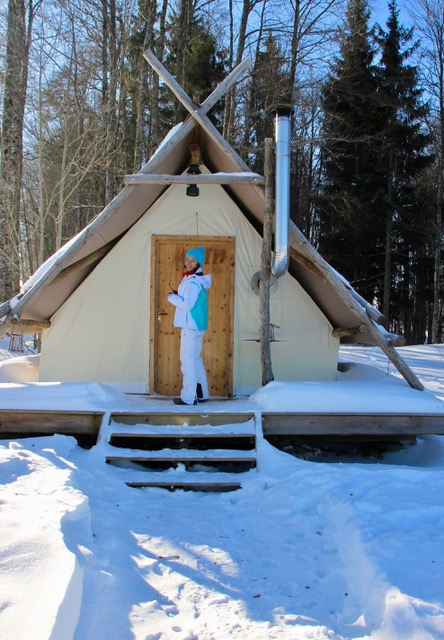 Glamping Boomhut winter Zomer Jura
