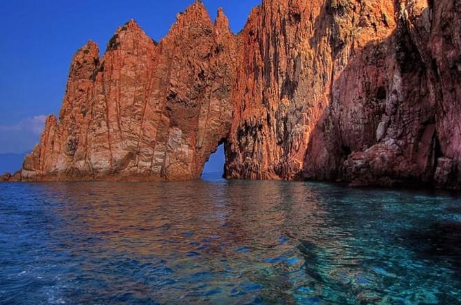 Scandola natuurgebied Corsica Pharos Reizen