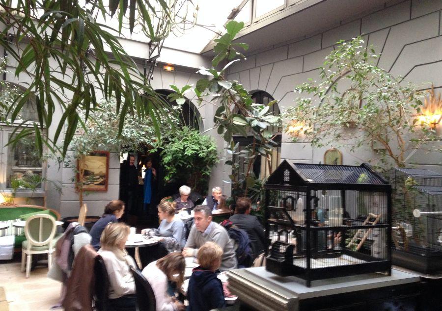 Le Dome du Marais koffie drinken in Parijs