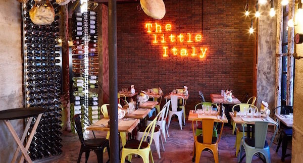The Little Italy restaurant in Parijs