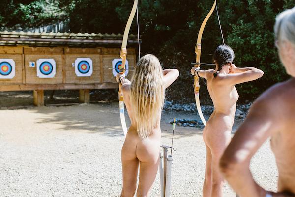 Activiteiten voor kinderen op nudisten camping La Sabliere