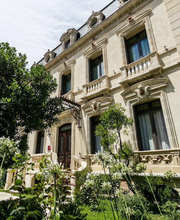 H tel particulier elegant hotel in hartje b ziers for Hotel design occitanie