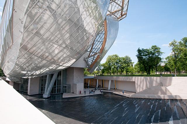 Moderne architectuur in Parijs Fondation Louis Vuitton