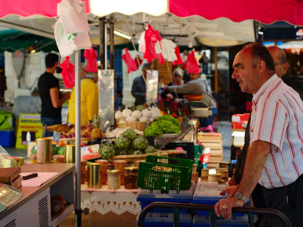 Markt in Périgueux Dordogne