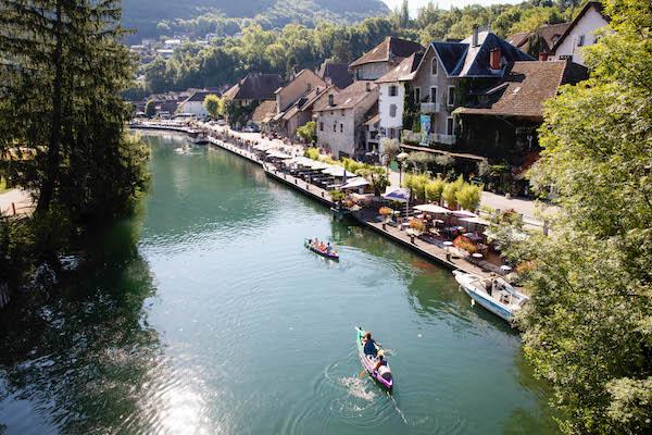 Chanaz stadje tussen Rhône en Lac du BOurget