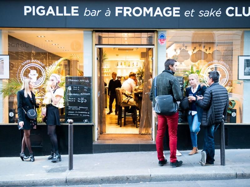 kaasbar en kaaswinkel in Parijs Pigalle FRomage Club