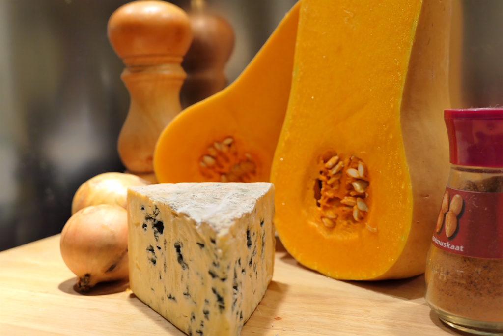 Quiche met flespompoen en blauwe kaas