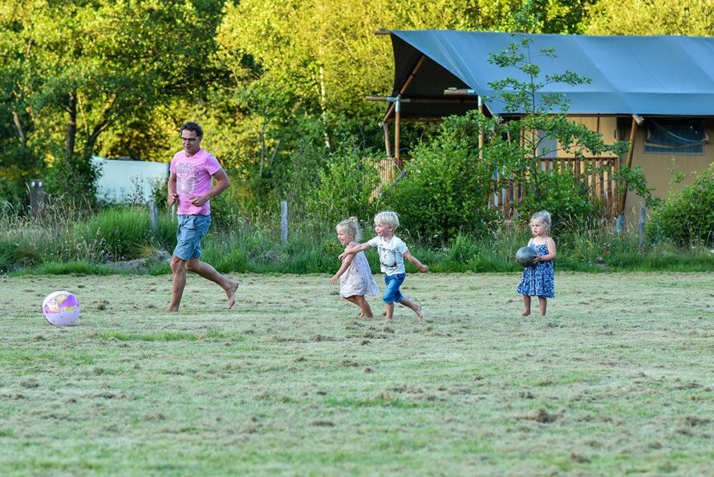 Jarasses Limousin camping glamping in Frankrijk met kids