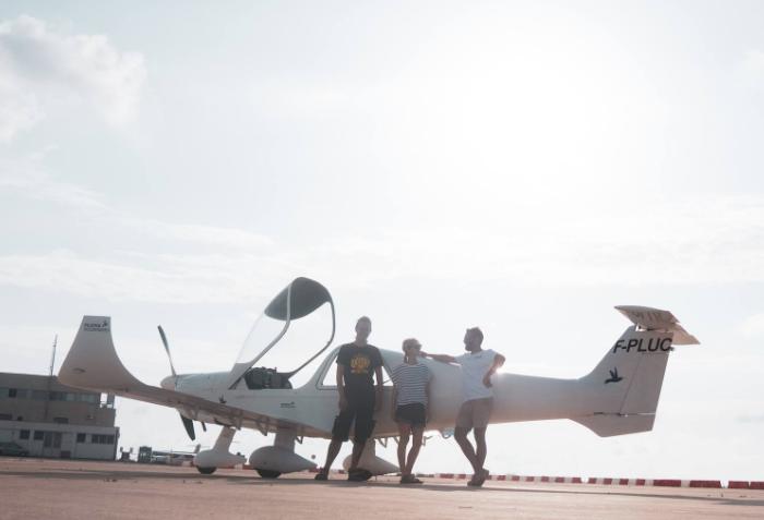 Piloten redden immigranten op zee