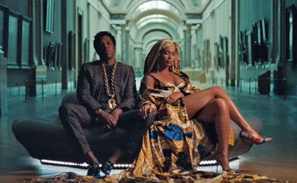 Parijs tips met tieners Mouvre met Beyoncé