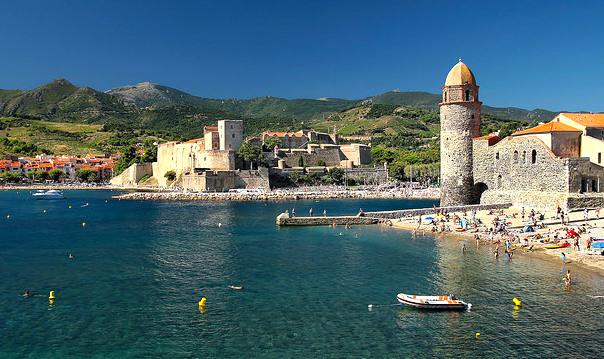 Collioure mooi dorp aan zee