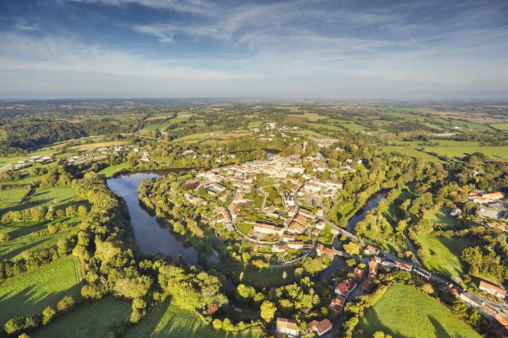 luchtfoto's Vendée Vouvant