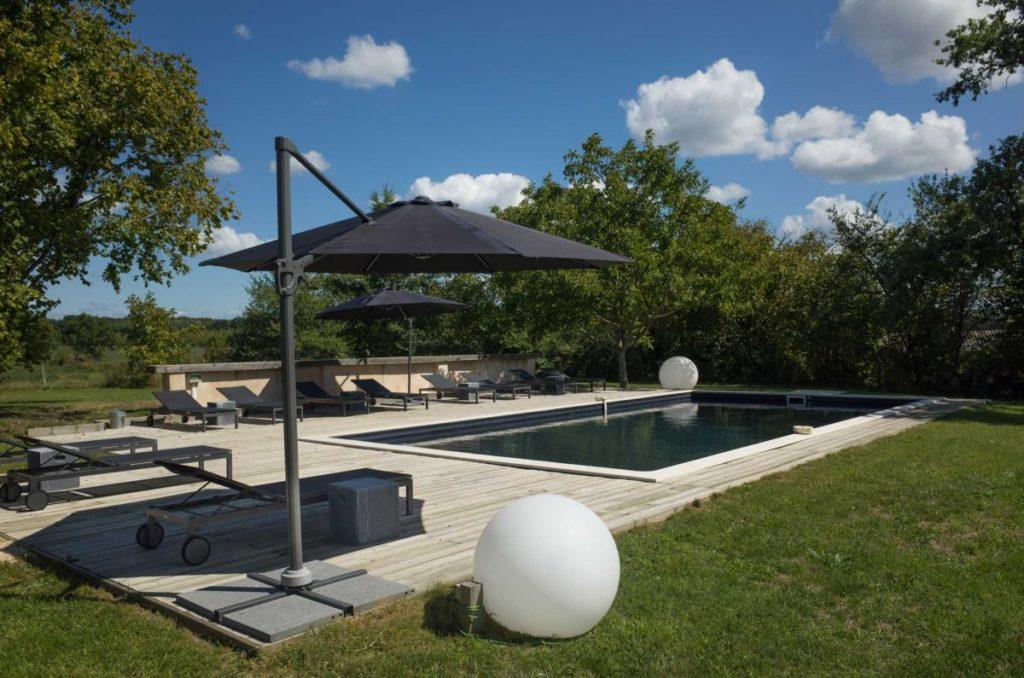 Au Perier vakantiedomein zwembad Dordogne