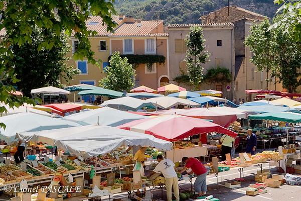 Markt de Nyon Drome
