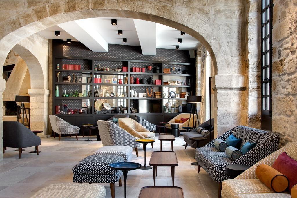 hotel des remparts lobby