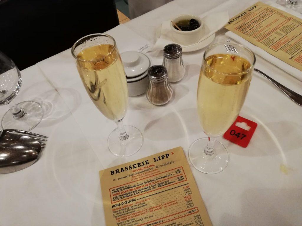 Champagne Menu Brasserie Lipp Parijs