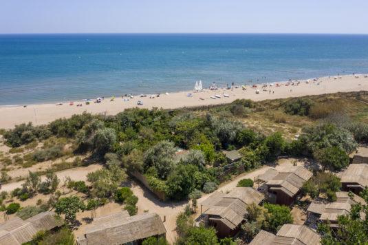 Visserhuisjes op Camping Serignan Plage