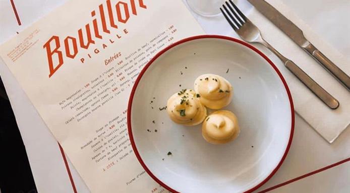 oeuf mayonnaise bistrogerecht Parijs