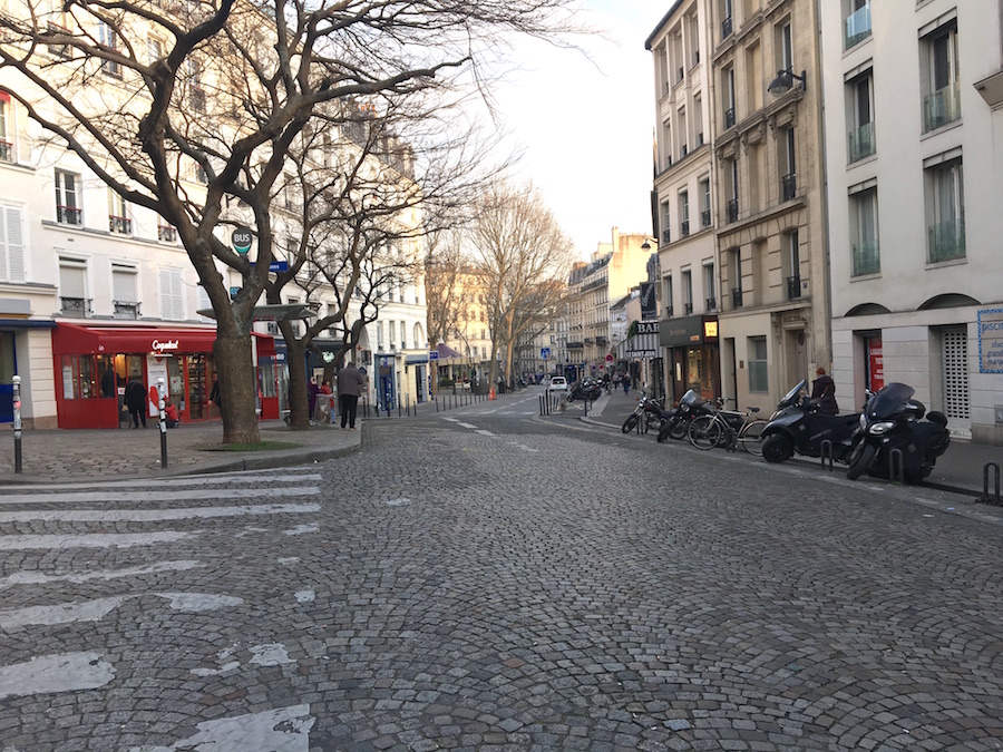 corona lockdown lege straten Parijs oogverslag