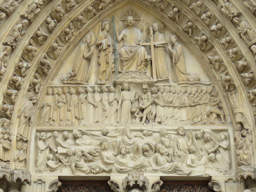 Notre-Dame de Duivel op het voorportaale