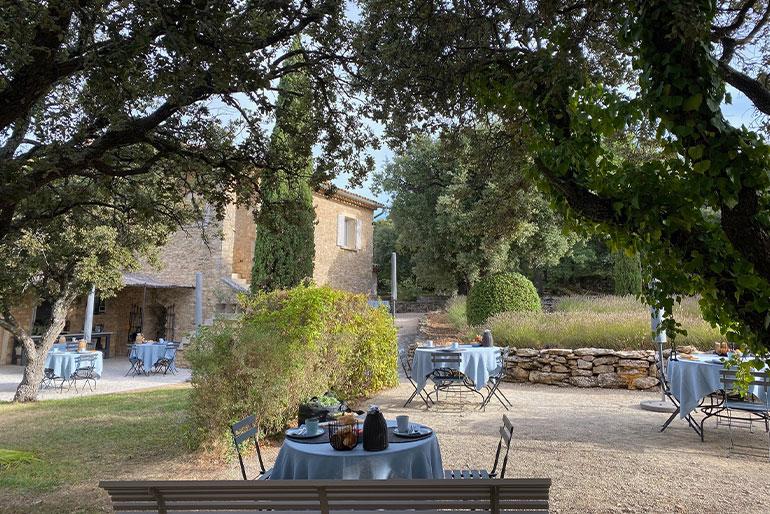 chambre d hotes Luberon provencaalse sfeer ontbijt