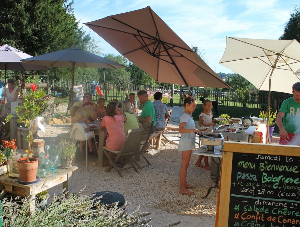 BBQ-Domaine-Le-Bost-Dordogne