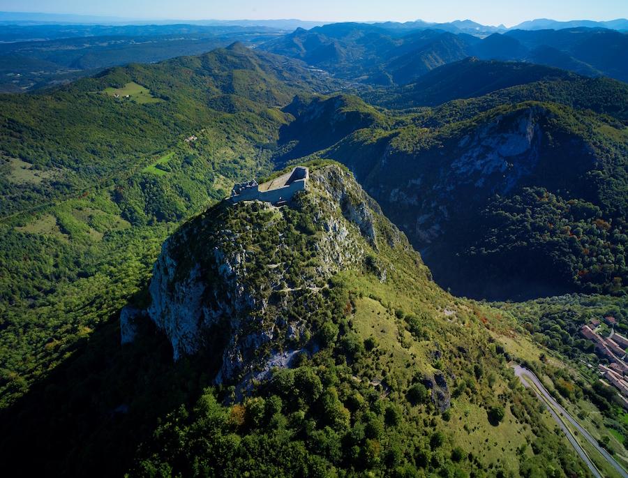 Ariege departement Pyreneeen kasteel Montsegur