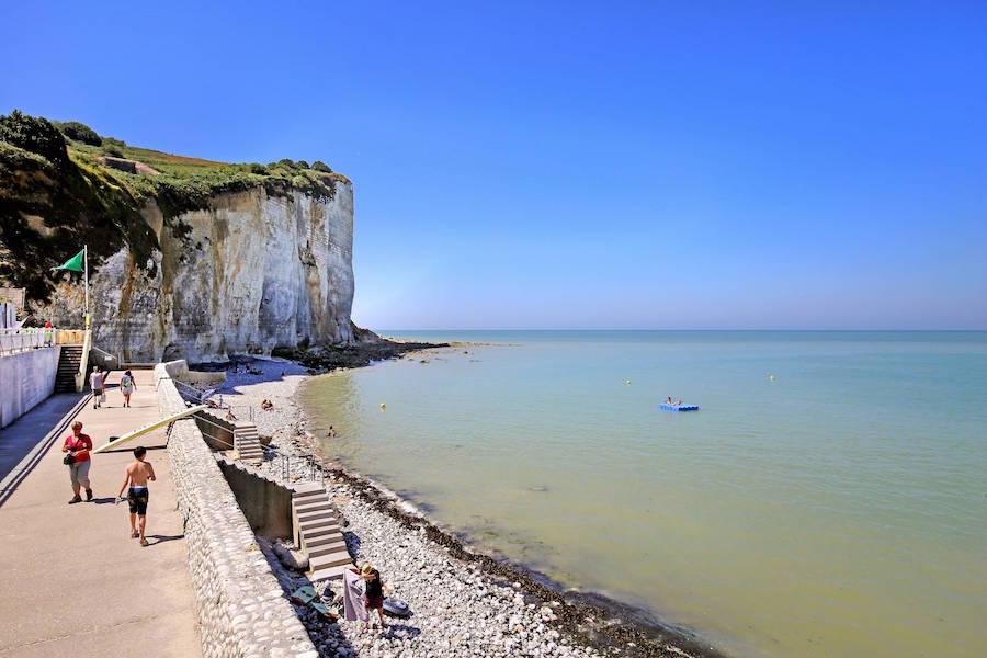 krijtkliffen kiezelstrand Normandie